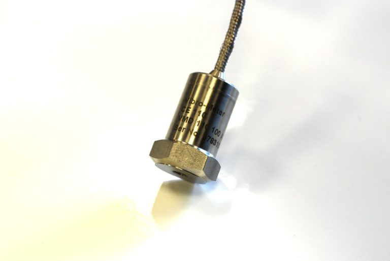 Transmissor de vibrações com saída 4-20 mA – A implementação de um programa de monitorização de vibrações